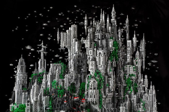 Check Out This 200,000-Piece LEGO Sculpture