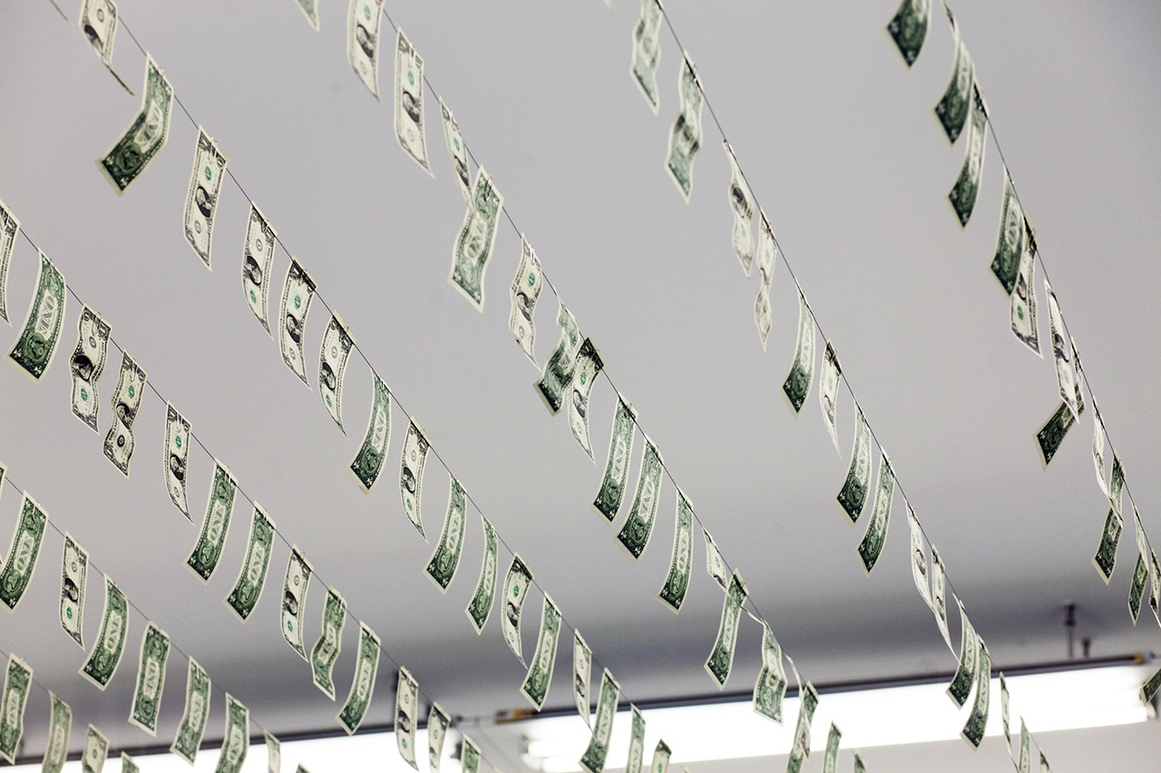 gianni motti money box exhibition recap galerie perrotin