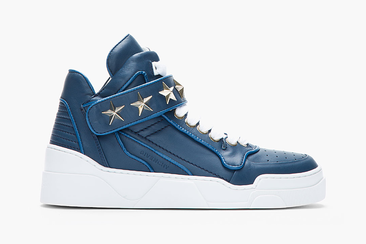 Givenchy Navy Leather Star-Detail Sneaker