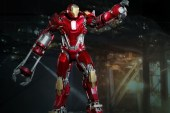Hot Toys Iron Man 3 Red Snapper Mark XXXV Limited Edition Collectible Figure