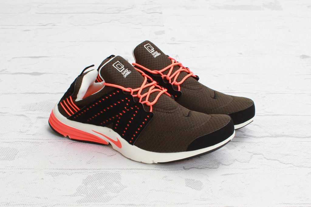 Nike Lunar Presto Deep Smoke/Total Crimson