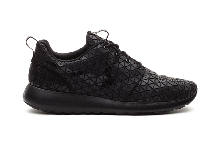 nike roshe run metric