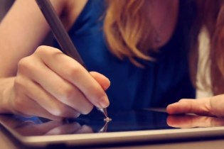 Adonit Launches Jot Touch 4 Stylus for iPad Users
