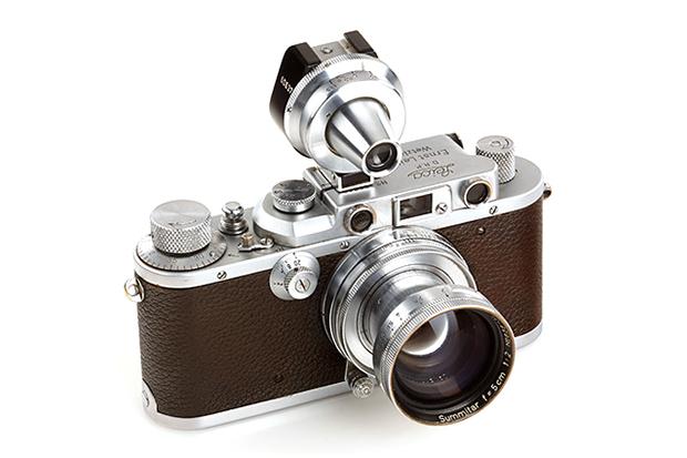 Alfred Eisenstaedt's Leica IIIa Rangefinder Sells for €114,000 EUR