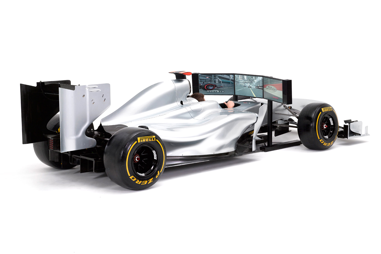 Costco UK Offering This $115,000 Full-Size F1 Simulator