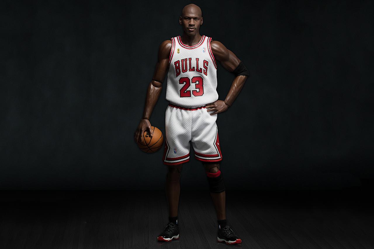 "ENTERBAY's Michael Jordan 1/6 Scale ""HK-Kicks.com 10th Anniversary"" Exclusive Figurine"