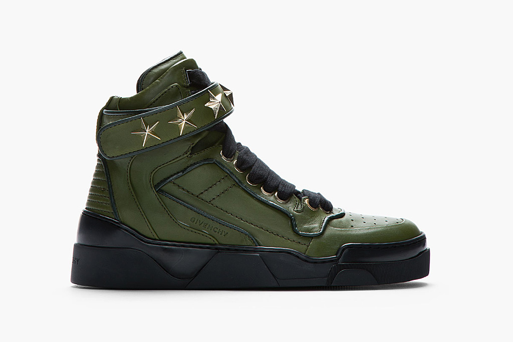 Givenchy Army Green Leather Star-Detail Sneaker