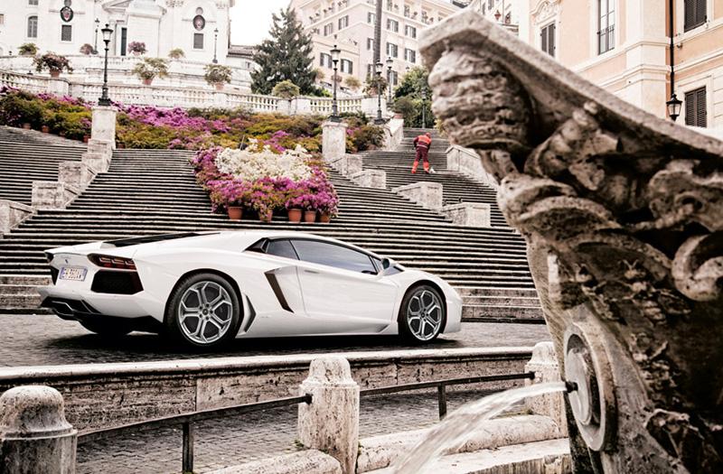 Lamborghini Celebrates its 50th Anniversary with the Grande Girdo d'Italia