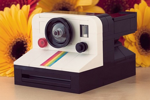 LEGO Polaroid OneStep SX-70 Camera by Chris McVeigh