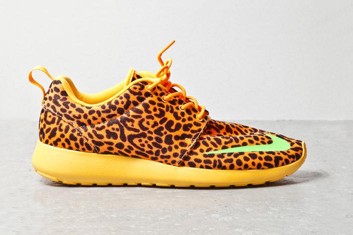 nike roshe run fb orange leopard