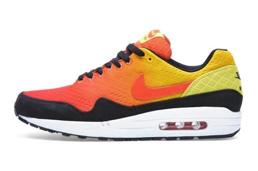 "Nike Sportswear Air Max Engineered Mesh ""Sunset"" Pack"