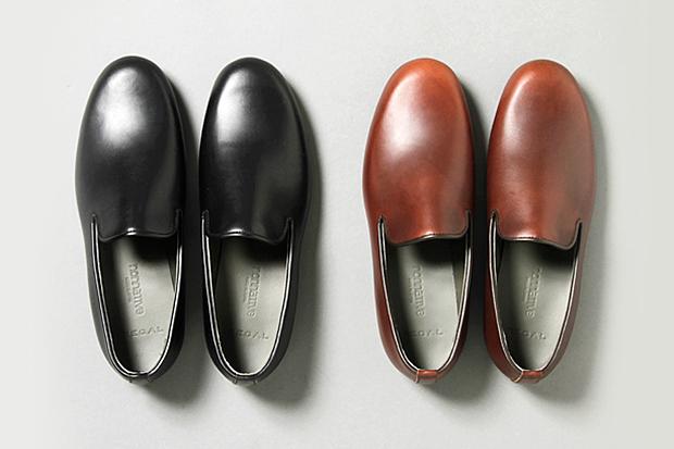 http://hypebeast.com/2013/5/nonnative-x-regal-dweller-opera-shoes-chromexcel-leather