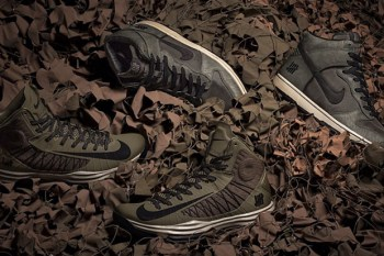 """Undefeated x Nike """"Bring Back 2003"""" Pack"""