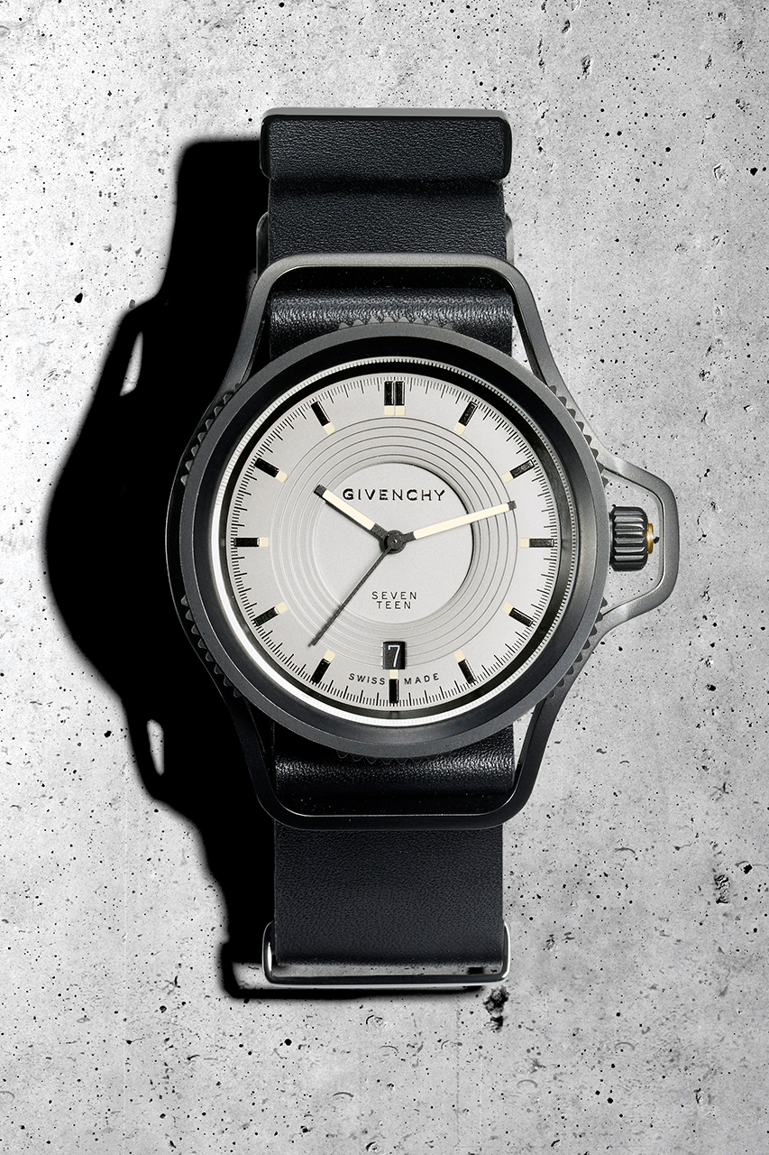 "Givenchy Presents the ""Seventeen"" Watch by Riccardo Tisci"
