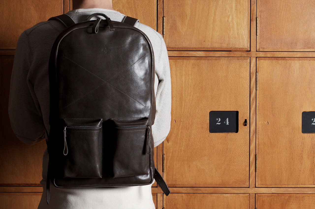 hard graft Old School Leather Rucksack/Backpack Smoke