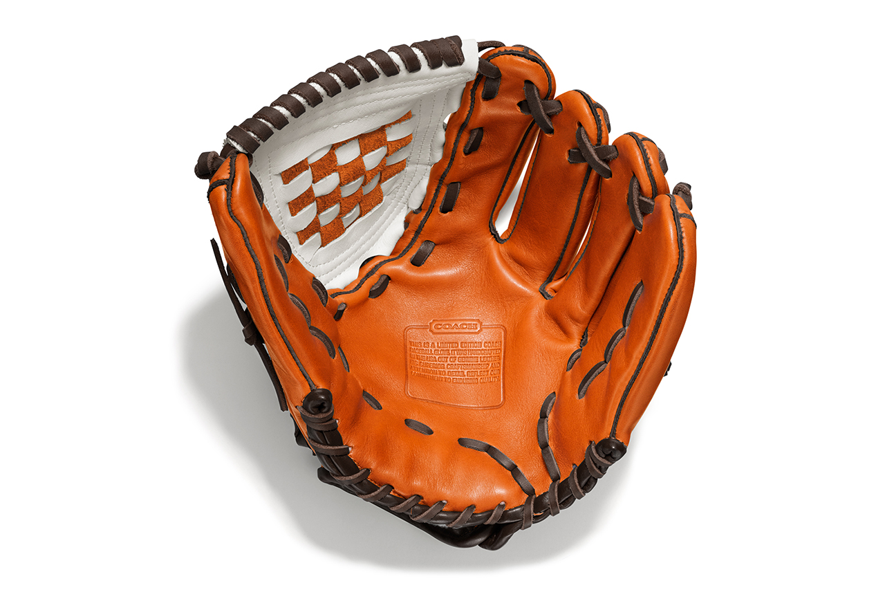 insignia athletics for coach heritage baseball leather colorblocked glove