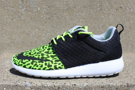 "Nike Roshe Run FB ""Leopard"""