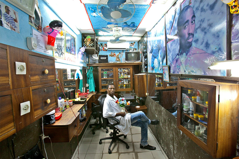 A Photo Essay of West African Barbershops