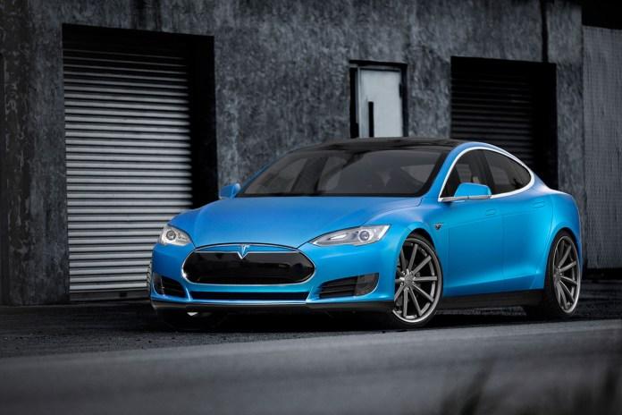 "Vossen Displays a Set of 22"" CV1s on Tesla's Model S"
