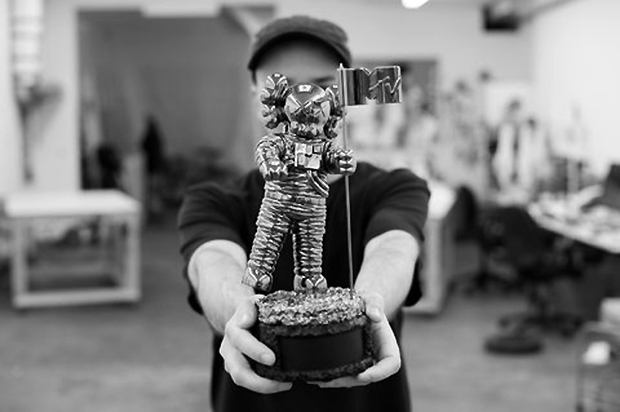 KAWS Designs a New Companion Moonman for the 2013 MTV Video Music Awards in Brooklyn