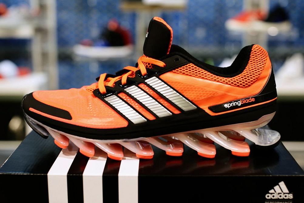 """adidas Discusses its """"Tank-Tested"""" Springblade"""