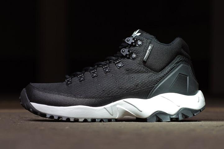 adidas Torsion Trail Mid Night Black
