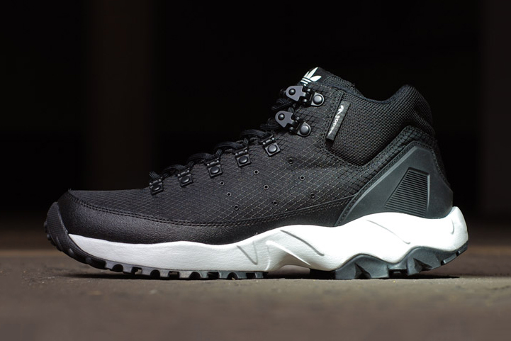 adidas Torsion Trail Mid Night Black