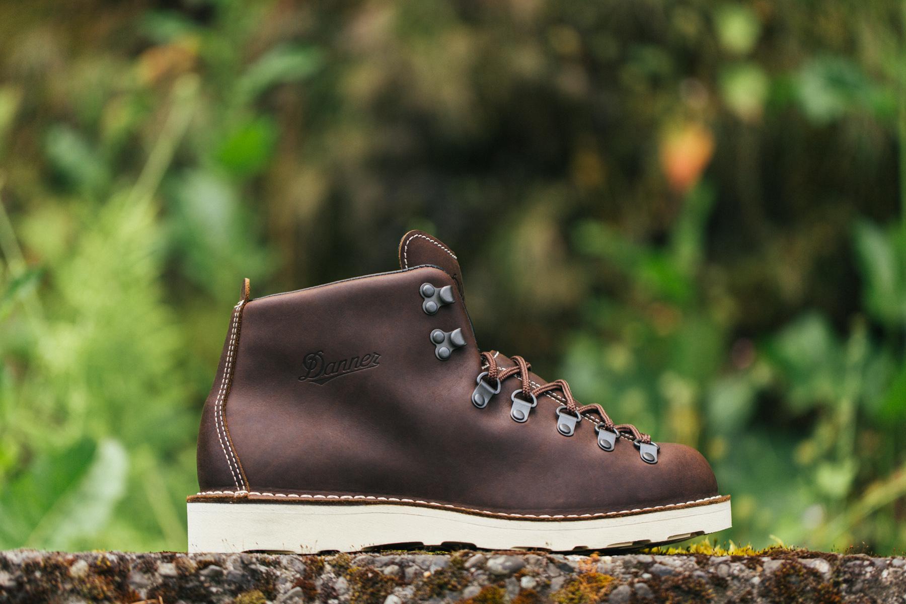 COMME des GARÇONS x Danner 2013 Fall Mountain Light Boot
