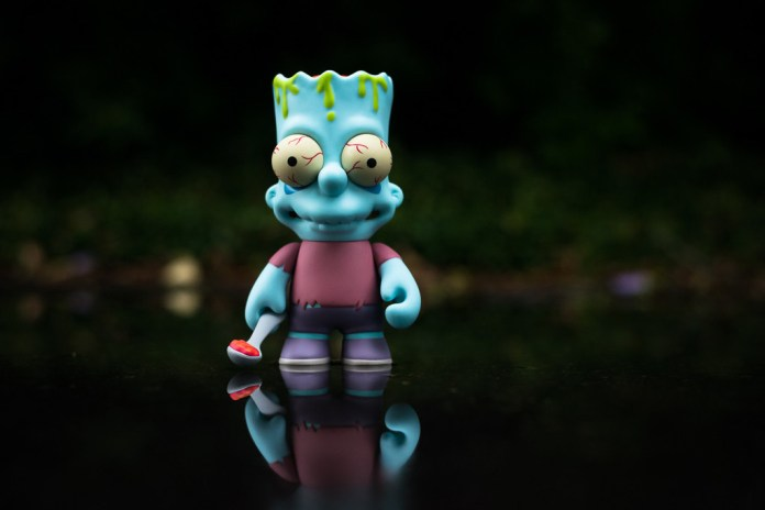 The Simpsons x Kid Robot Zombie Bart Toy