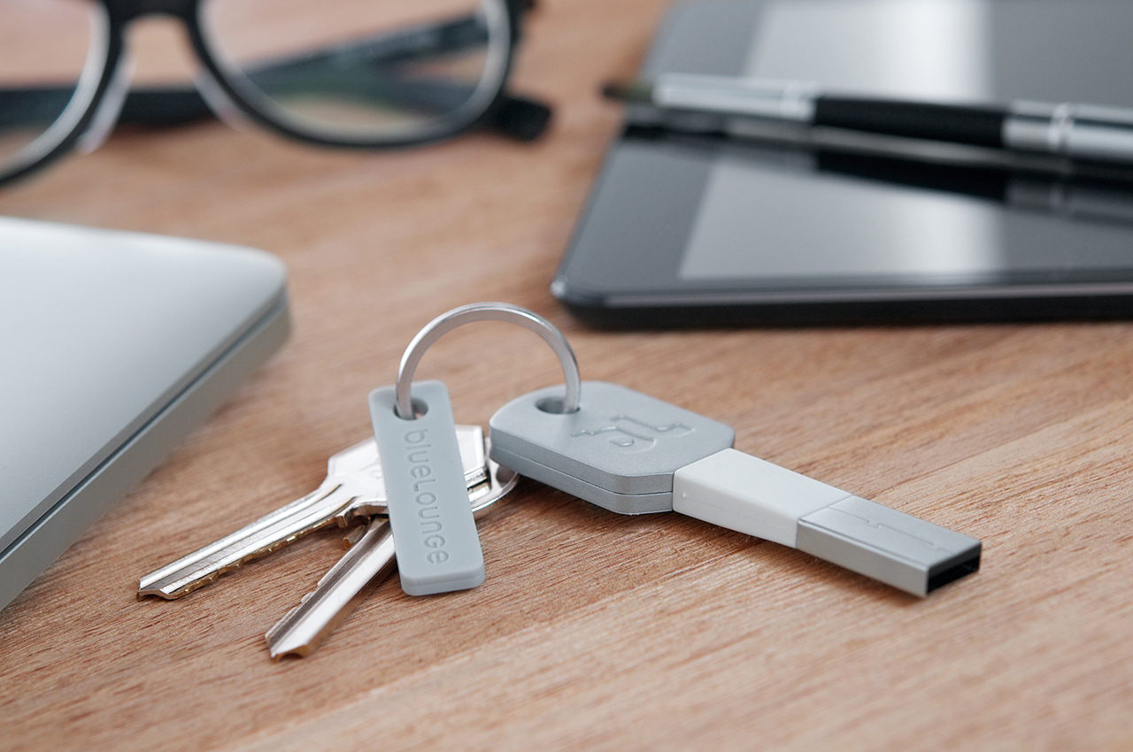 Kii: A Portable Lightning Cable for Your Keychain