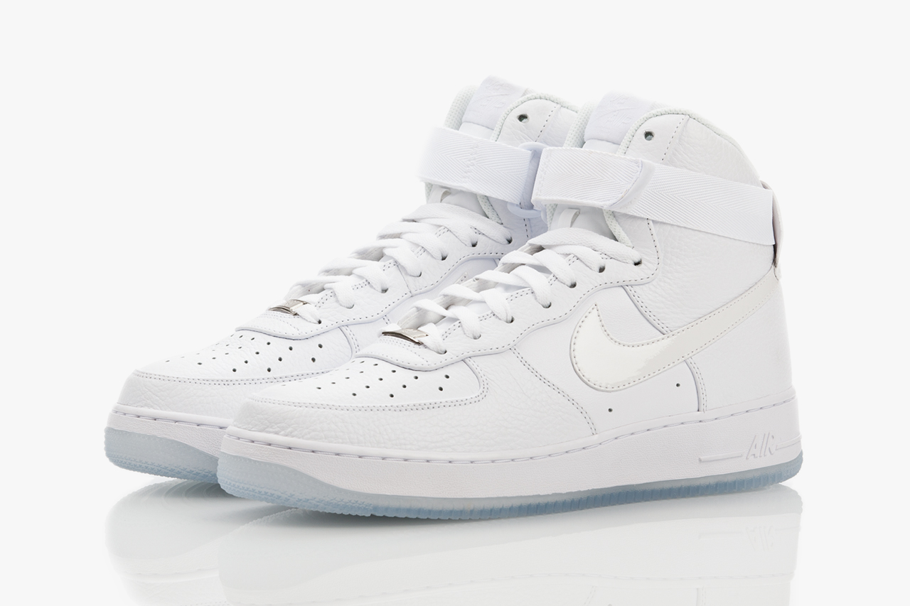 nike air force 1 hi cmft white on white