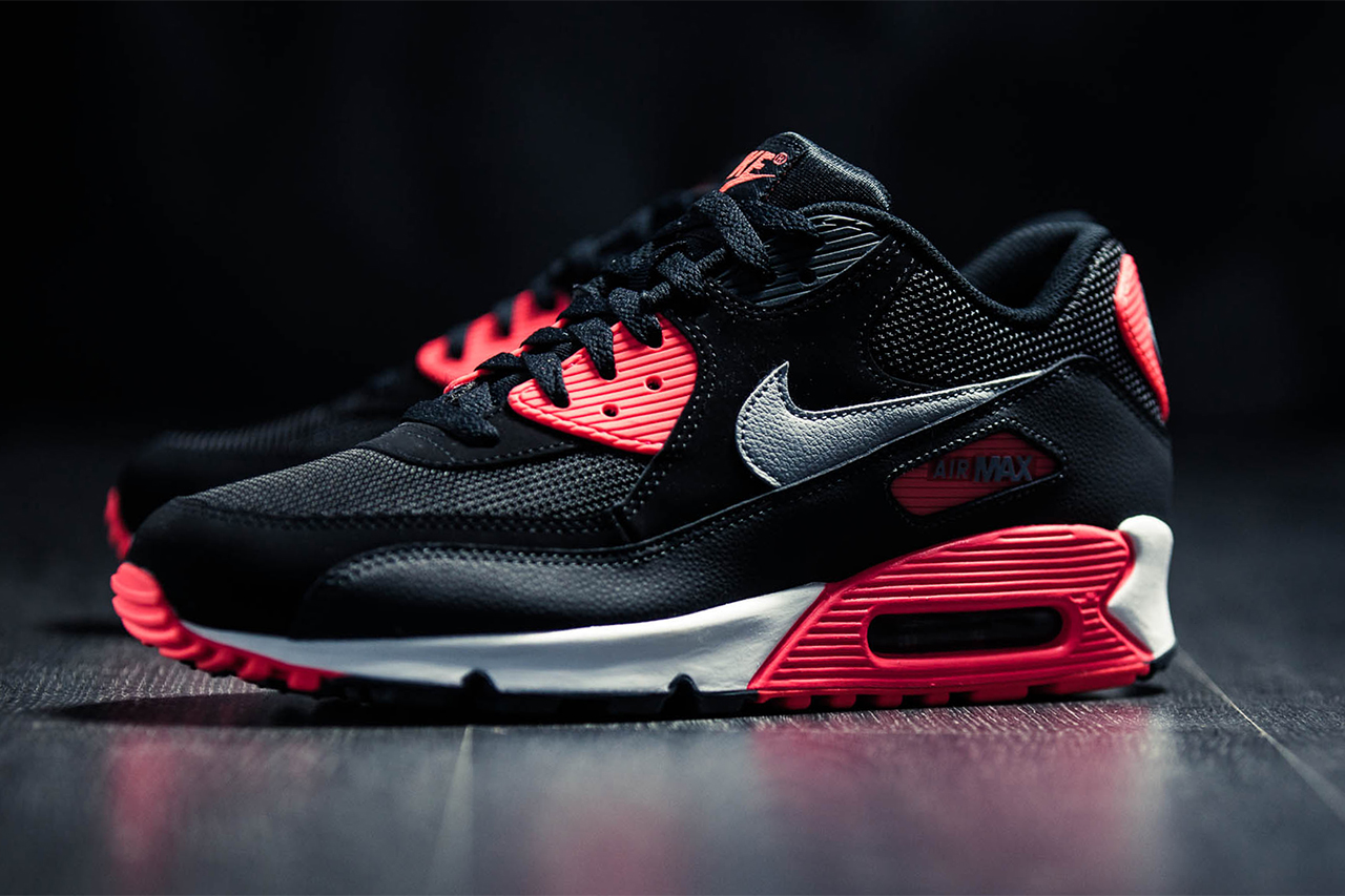 "Nike Air Max 90 Essential ""Infrared"""