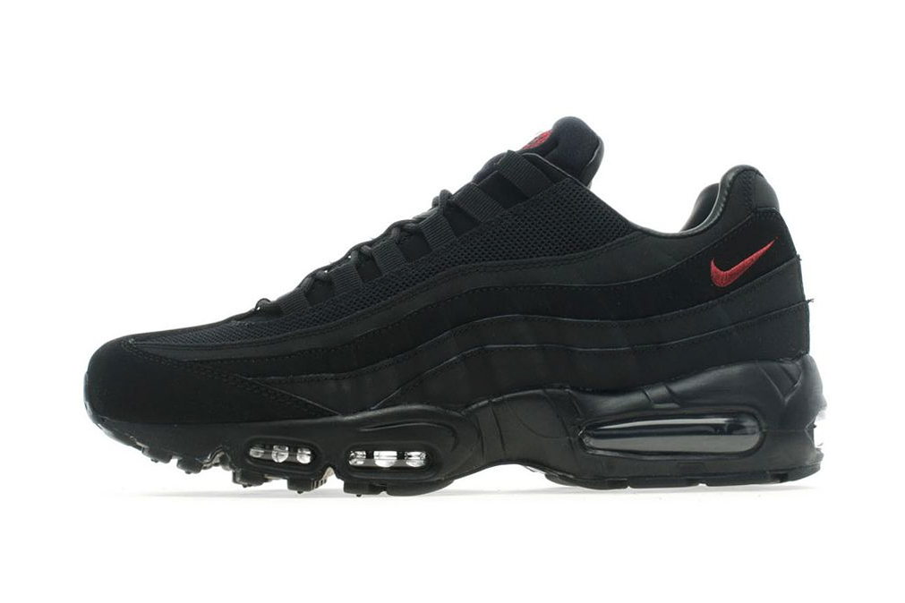 nike air max 95 black team red