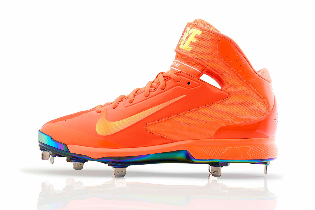 "Nike Baseball 2013 ""Red Apple"" and ""Bright Lights, Big City"" Collections"