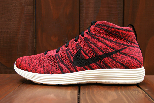 Nike Lunar Flyknit Chukka Deep Burgundy/Bright Crimson