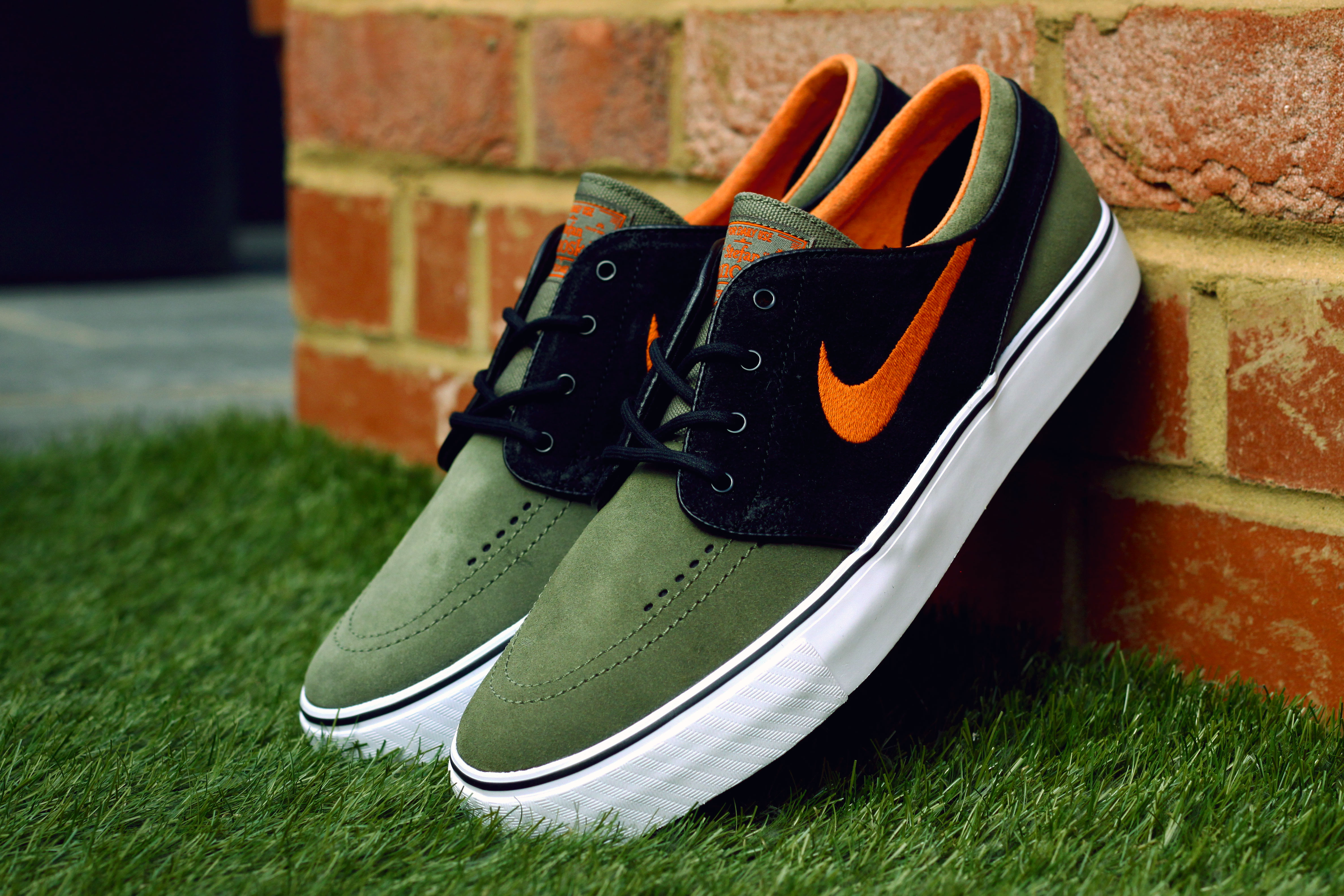 Nike SB Zoom Stefan Janoski Medium Olive/Urban Orange-Black