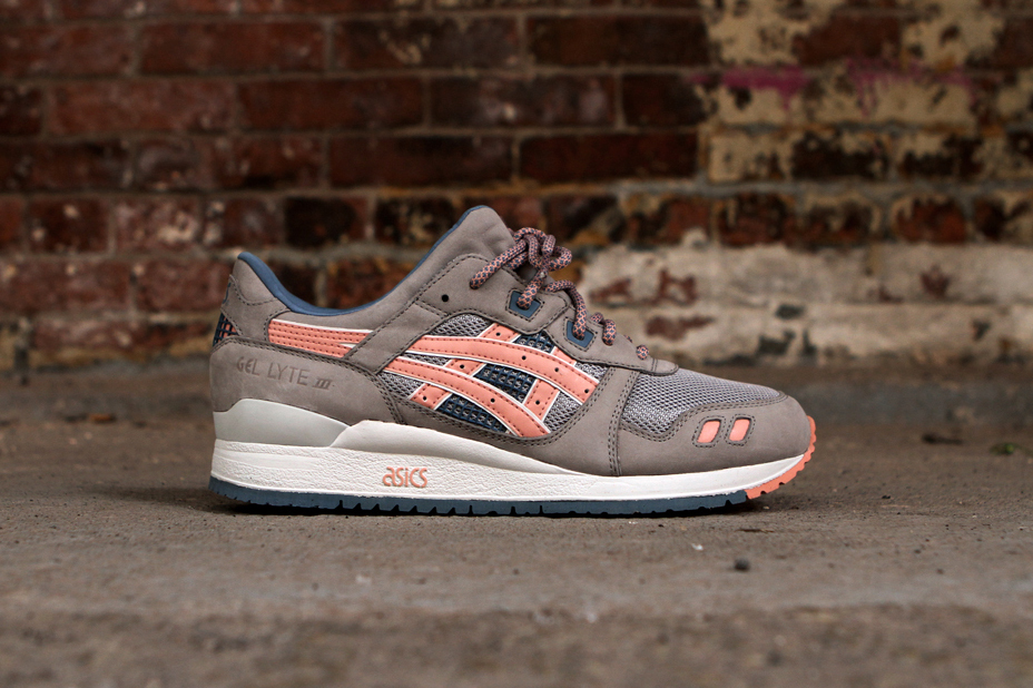 ronnie fieg x asics gel lyte iii flamingo a closer look