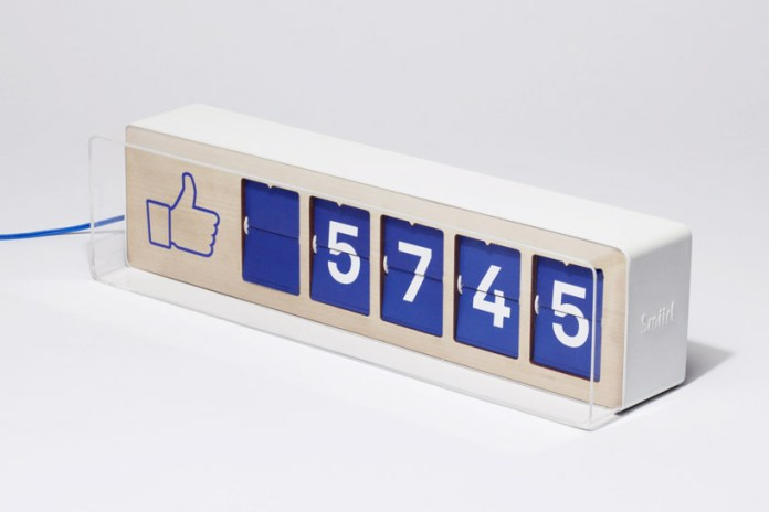 See Your Facebook Likes in Real Time with the Fliike Counter by Smiirl