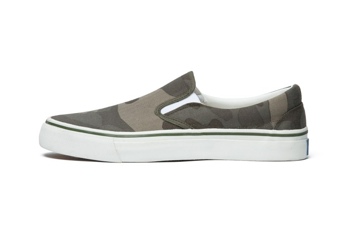SOPHNET. 2013 Fall/Winter Slip-ons