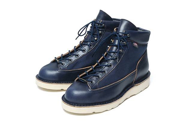 SOPHNET. x Danner 2013 Fall/Winter Light Boots