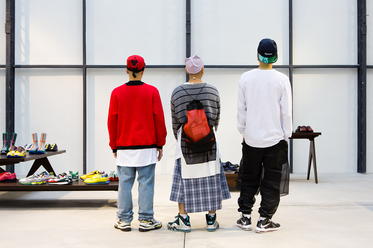 Streetsnaps: Showroom Attendees