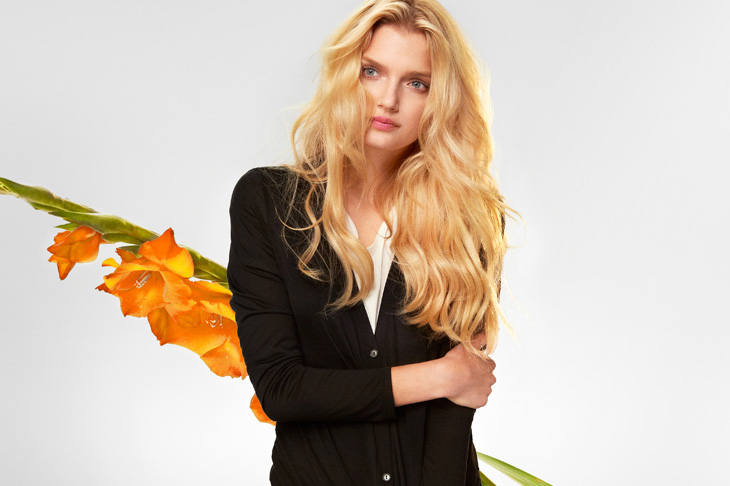 UNIQLO's Silk and Cashmere Campaigns Starring Chloe Sevigny, Lily Donaldson, Jeremy Everett and Ryan McGinley