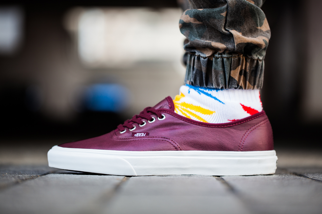 vans classics 2013 fall aged leather pack