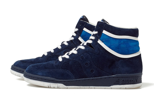White Mountaineering x Saucony 2013 Fall/Winter Suede Sneakers