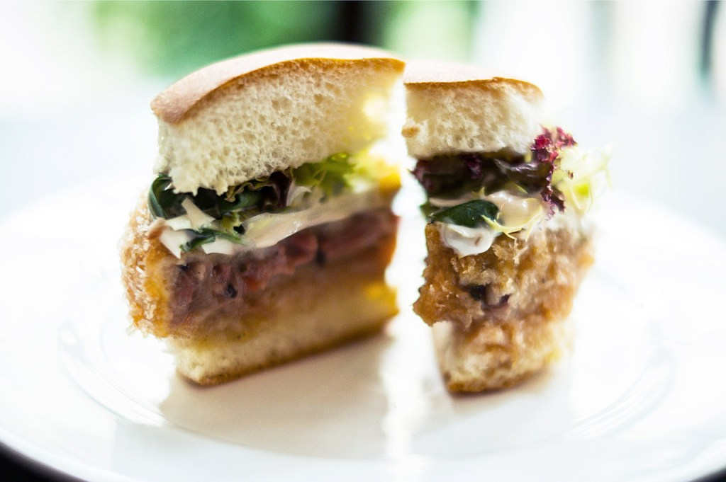 HYPEBEAST Eats... Bun Fights Burgers by Restoration and Posto Pubblico