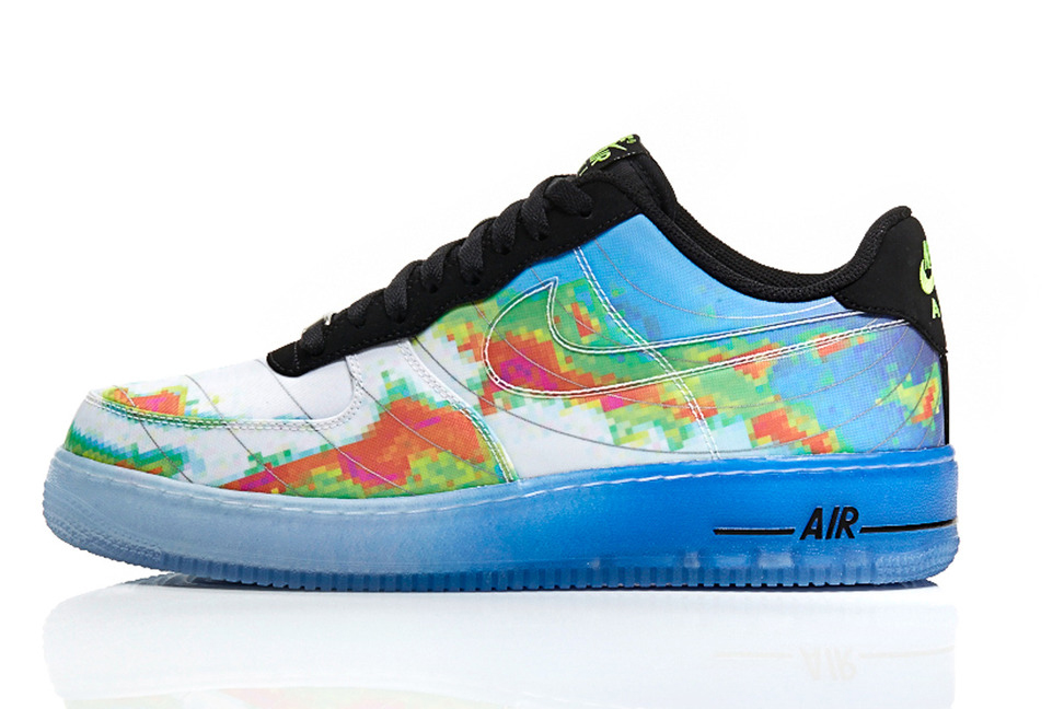 "A Closer Look at the Nike Sportswear ""Weatherman"" Pack"