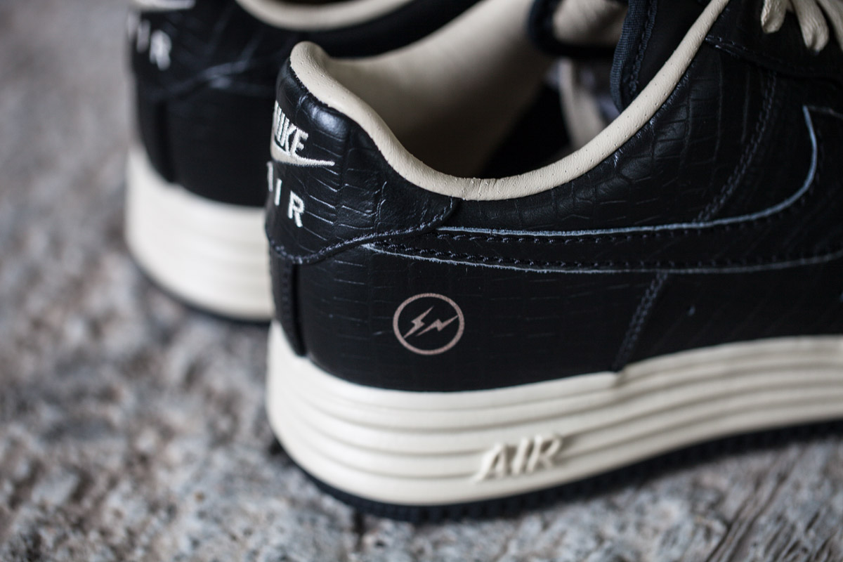 "A Closer Look at the Nike Air & Lunar Force 1 Low ""FRAGMENT"" Pack"