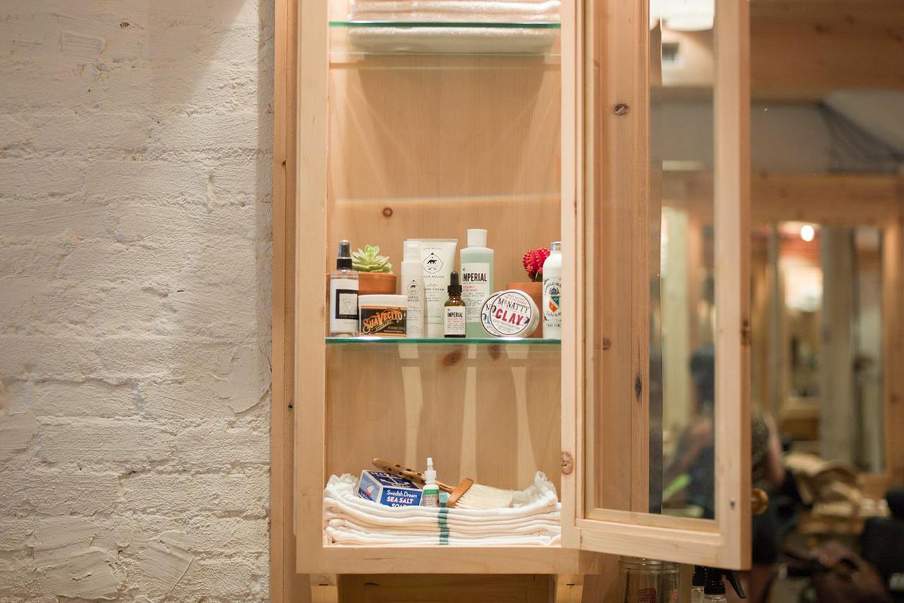 a look inside freemans sporting clubs new barbershop