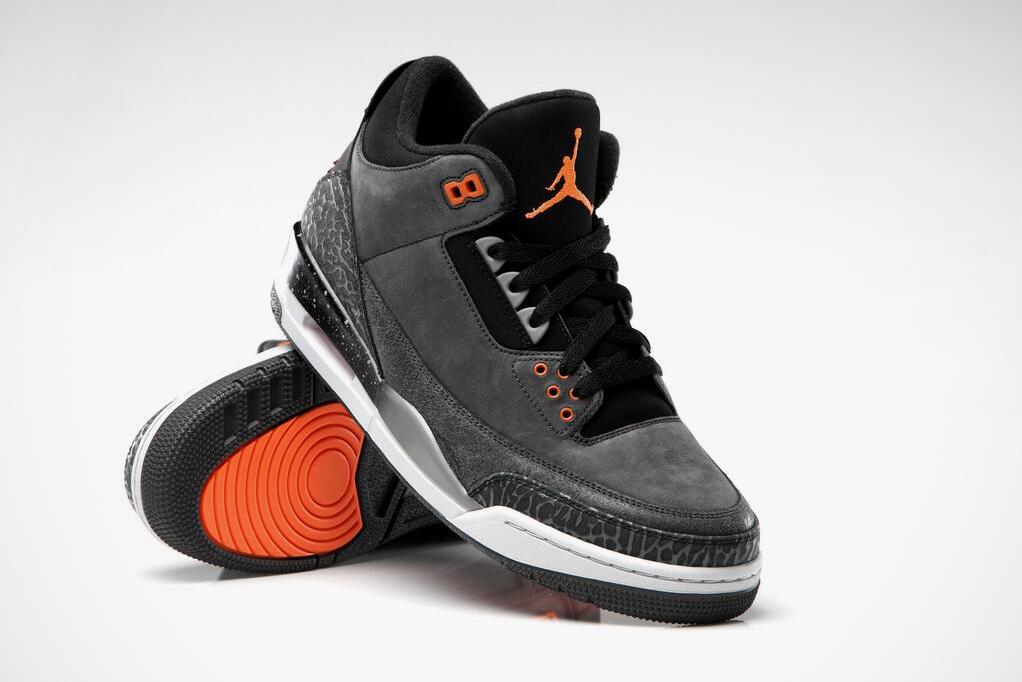 """Air Jordan 3 Retro """"Fear"""""""