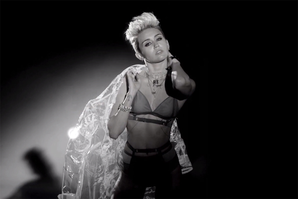 Big Sean - Fire (Starring Miley Cyrus) | Video